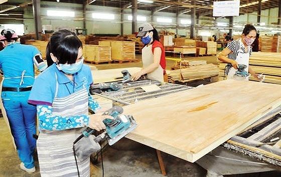 Đồ gỗ 'miễn nhiễm' cuộc chiến thương mại Mỹ-Trung, xuất siêu gần 6 tỷ USD 4412 sggpdogo pqgj
