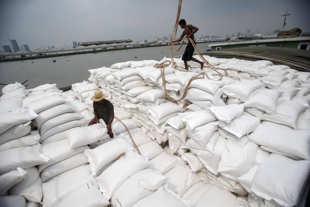 Xuất khẩu gạo Myanmar giảm trong 8 tháng qua 3401 https   s3 ap northeast 1
