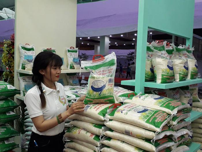Nâng vị thế hạt gạo Việt Nam gao