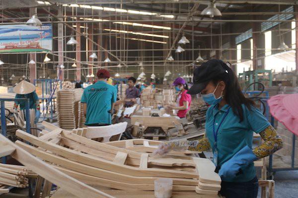 Xuất khẩu gỗ tăng đột biến: mừng ít, lo nhiều photo 1 155438554090467564182