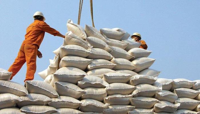 TT lúa gạo Châu Á: Giá tăng ở Việt Nam, giảm ở Ấn Độ và vững ở Thái Lan 15 xuat khau gaozmwo 15505505390792039686392 crop 1556354019341617321391