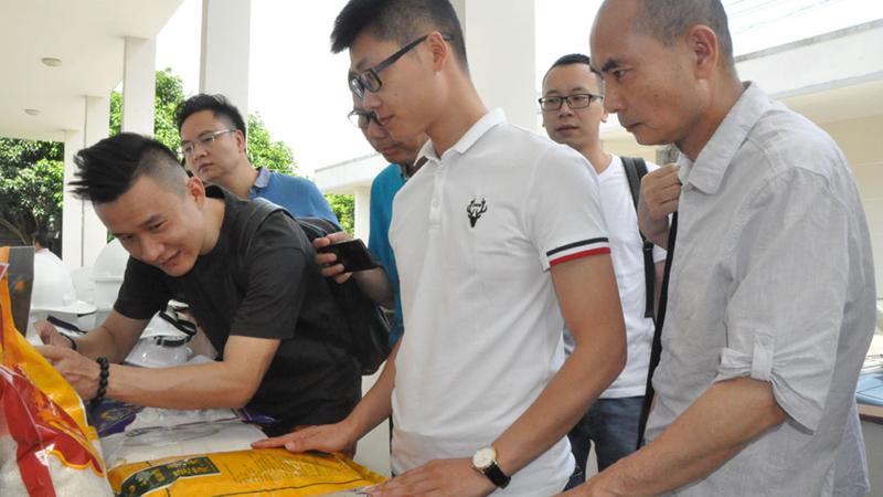 Cảnh báo những khó khăn đối với các DN xuất khẩu sang Trung Quốc dsc 0741 jpg kjtg
