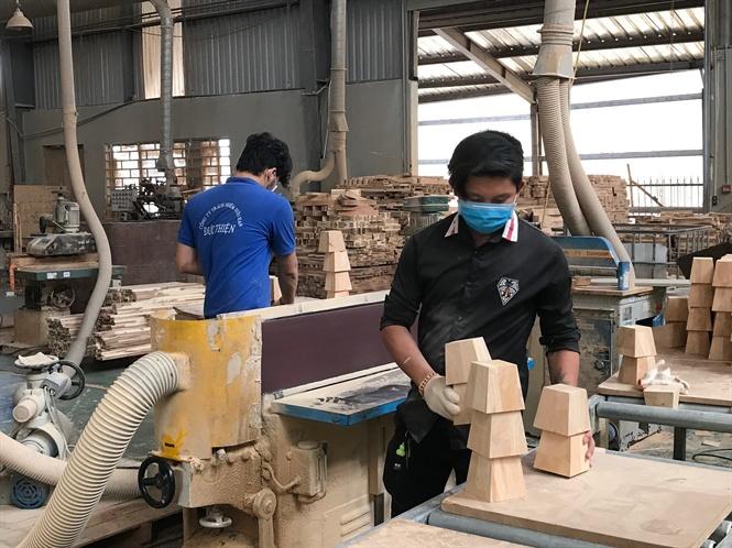 Xuất khẩu đồ gỗ sang Mỹ tăng trưởng mạnh 09 33 41 xk go sng my