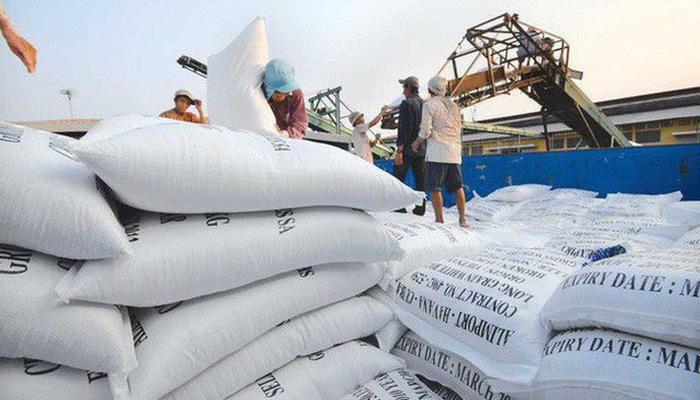 Doanh nghiệp gạo lao đao giữ lợi nhuận xuat khau gao 1514521157739 44 0 409 650 crop 1514521164500 15331778642552033107498 crop 15482114178911610187052 1559009986042409742643 crop 15590099893811198825432