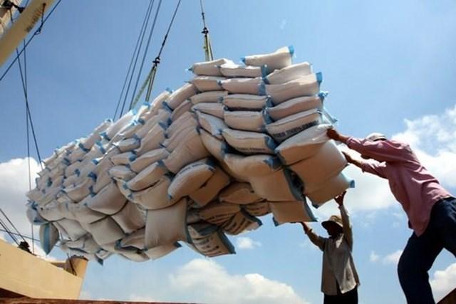 Hàng Việt còn nhiều dư địa phát triển ở khu vực ASEAN 170239213047 ttxvn051214gao WZHW