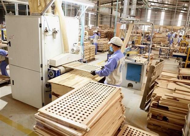 Xuất khẩu gỗ và đồ gỗ Việt Nam vẫn vượt ngoài mong đợi ttxvndo go xuat khua