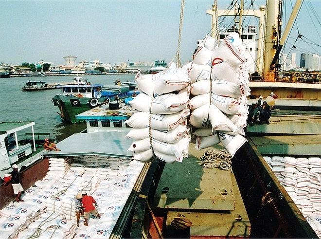 Doanh nghiệp xuất khẩu gạo: Khó chồng khó 4159 XK gao