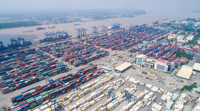 Quốc tế cần mua nhưng Việt Nam khó giao hàng un tac tai cang cai lai ngung chuyen container hang nhap 1