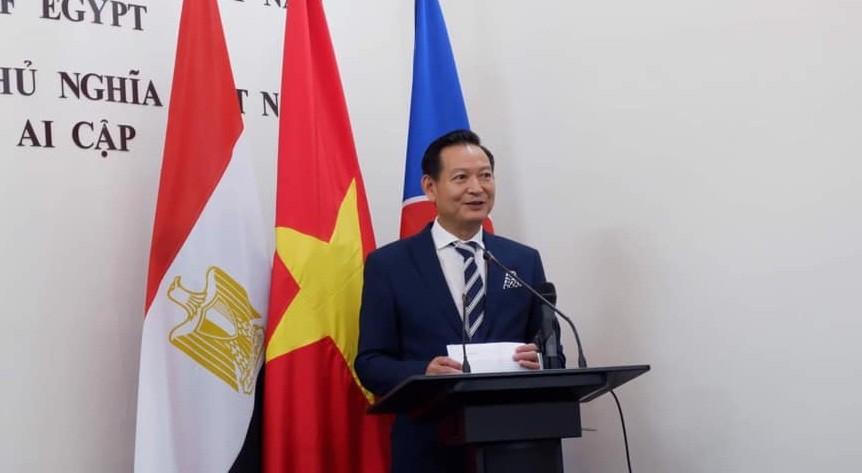 Đại sứ Việt Nam tại Ai Cập: Chinh phục thị trường lớn nhất thế giới Arab, tại sao không? hang viet nam chat luong cao dang chinh phuc nguoi tieu dung ai cap
