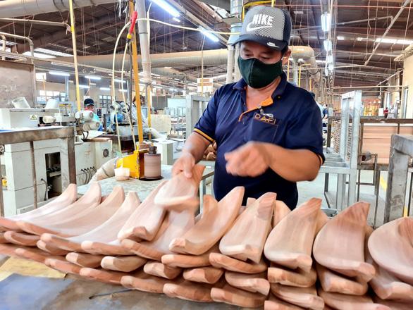 Việt Nam ký thỏa thuận về kiểm soát gỗ bất hợp pháp go 16331457215901407233860