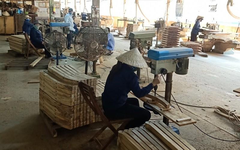 Xuất khẩu gỗ và sản phẩm gỗ tiếp tục chìm trong đà suy giảm go4 zuya